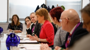 First Minister hosts roundtable on unaccompanied children 2