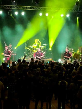 Red Hot Chilli Pipers C