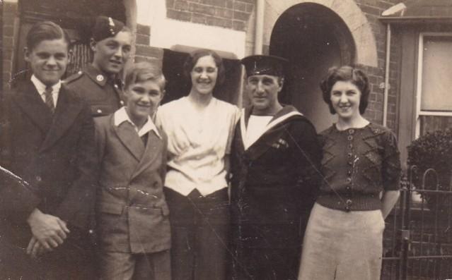 William Sisson 3 family group