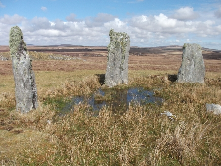 standing stones on Lewis 3 women B Bell