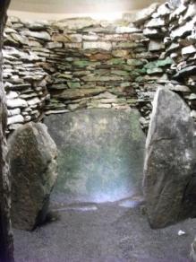 light on stone B Bell