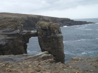 Yesnaby sea arch B Bell