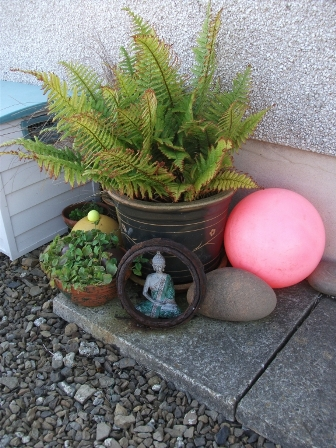 gardening 3 B Bell