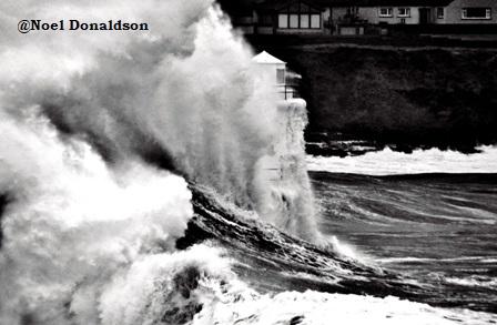 Storm 2014 huge wave