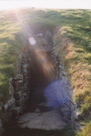 Unstans Tomb B Bell