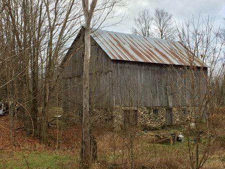 old-barn-786640