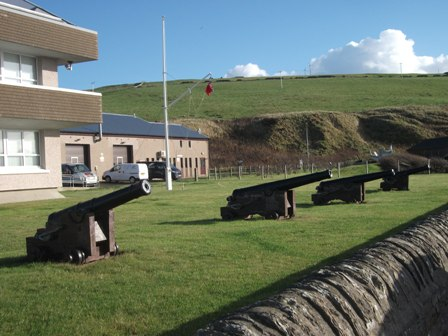 Scapa cannons B Bell