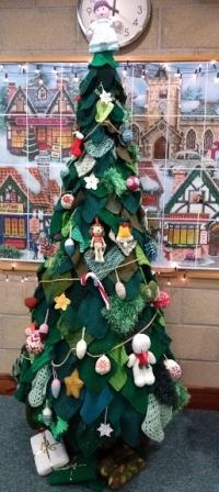 Christmas tree library