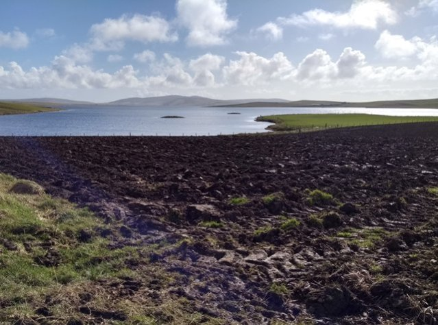 physical distancing Stenness Loch